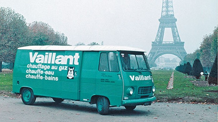 //www.vaillant.ch/media-master/global-media/vaillant/master-content/about-vaillant/history/historie-01-87-1975-1991-790392-format-16-9@696@desktop.jpg