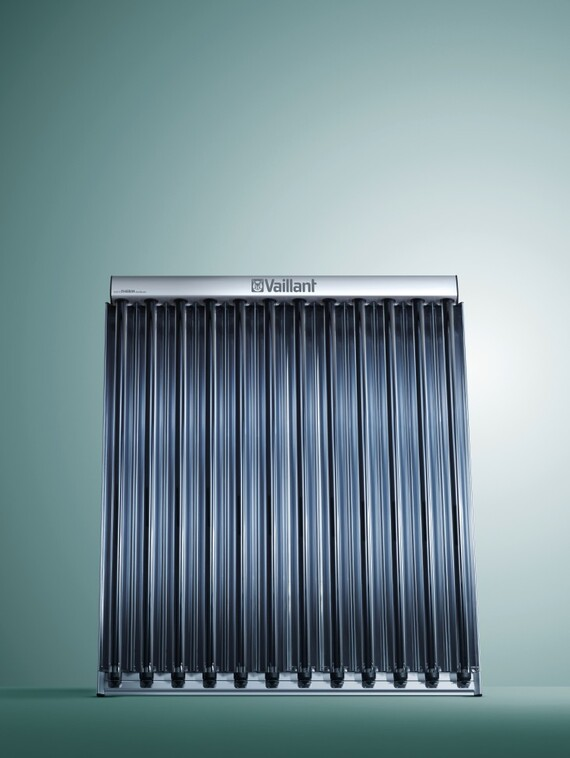 //www.vaillant.ch/media-master/global-media/vaillant/product-pictures/emotion/solar08-1551-02-127205-format-3-4@570@desktop.jpg