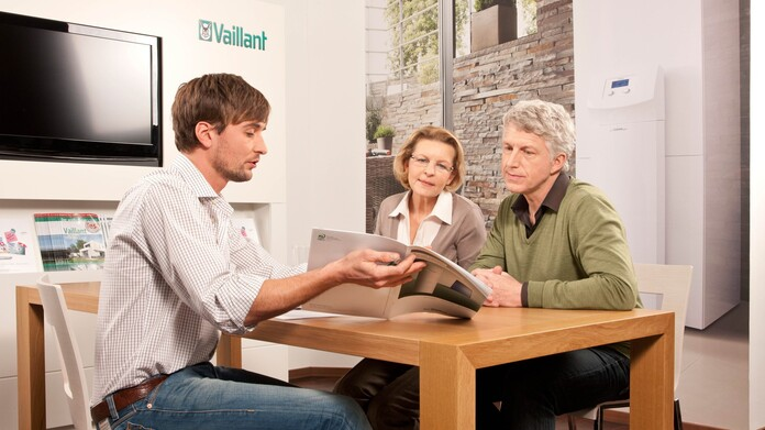 //www.vaillant.ch/media-master/global-media/vaillant/promotion/professionals/prof10-4832-01-45409-format-16-9@696@desktop.jpg